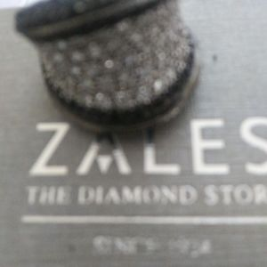 Zales White Diamond Ring with Black Diamonds on ri